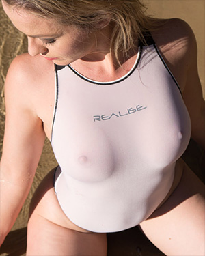 Alexis Wet Pussy Swimsuit Heaven