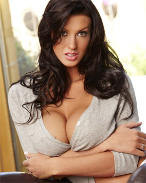 Alice Goodwin Busty Brit