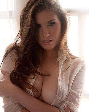 Anielly Campos Sheer Bella