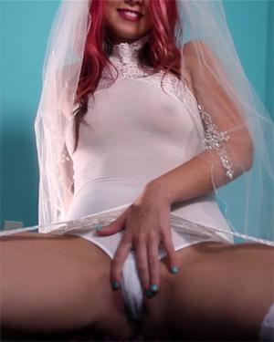 Bailey Knox Honeymoon Masturbation