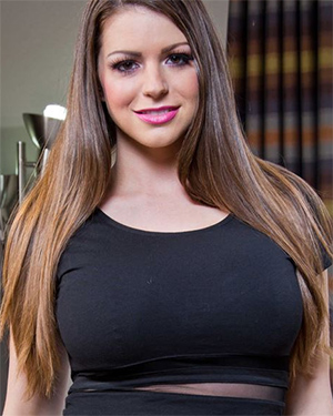 Brooklyn Chase Sexy Model