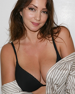Busty Brunette Zishy Summer Collection