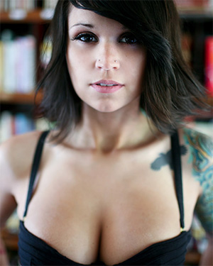 Bully Stylish and Naked Suicidegirl