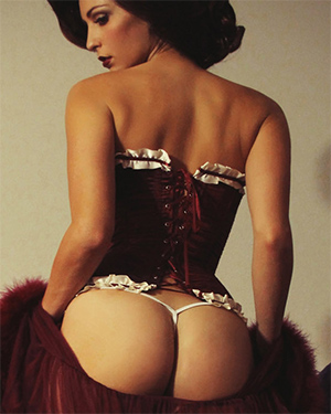 Carlotta Champagne Nude Hollywood Xmas