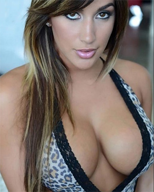 Claudia Sampedro Busty Exotic Snap Chick