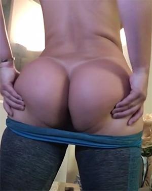 Dani Daniels Yoga Booty Video