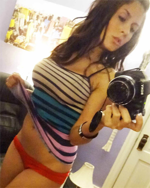 Danni Gee Self Shot