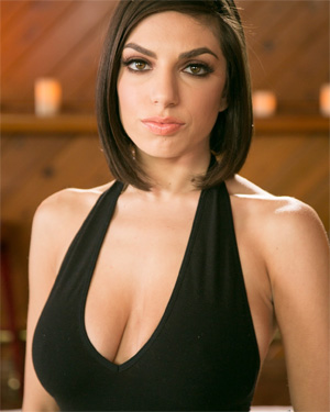 Darcie Dolce Unbelieveable Beauty