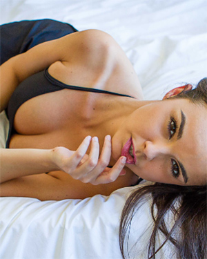 Dillion Harper join her in bed