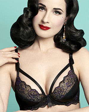 Dita Von Teese super sexy model