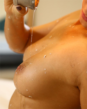 Eva Lovia Waxed Body