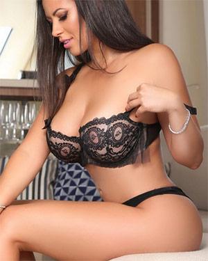 Fabiana Britto Busty Playmate