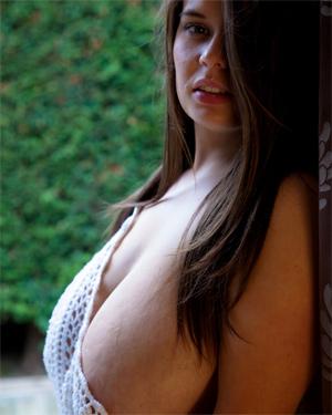 Gina G Busty