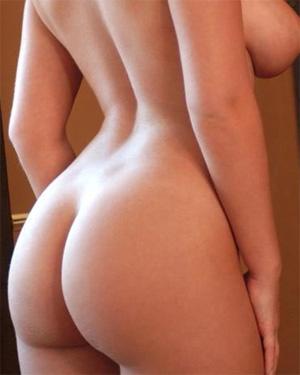 Hannah Claydon Blonde Bombshell