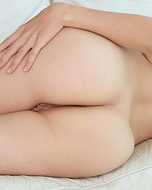 Jenna Kseniya Bright Babe