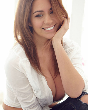 Holly Peers Naked Home Body