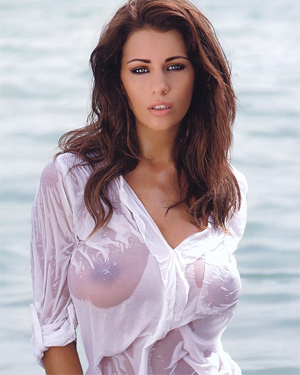 Holly Peers Gorgeous Busty Babe