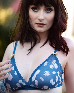 Jess Lou floral lingerie nudes