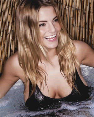 Jessica Kingham Hot Tub