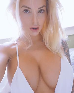 Jessica Cakes Sexy Model