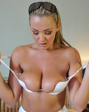 Jodie Gasson Changing