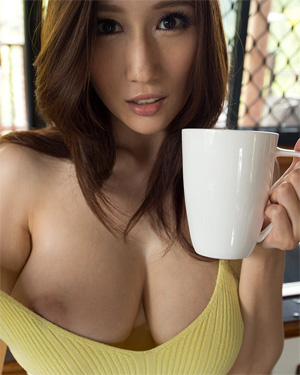 Julia Casual Coffee and Boobs