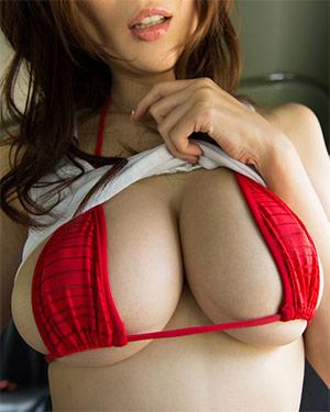Julia Boin Perfect Asian Boobs