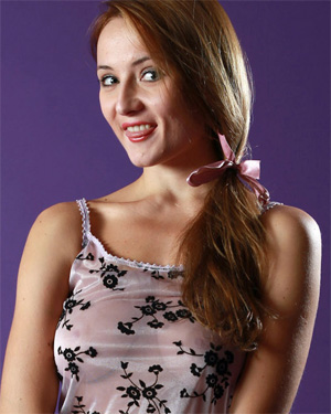 Kameliya Nude AvErotica