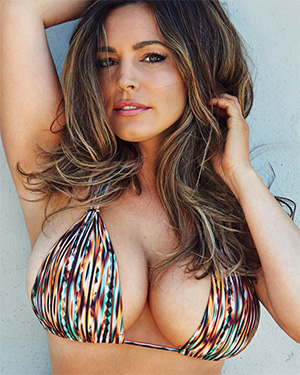 Kelly Brook hot new calendar pics