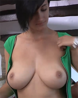 Kim Topless Haircut Downblouse Video