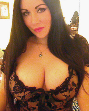 Sweet Krissy Sheer Webcam