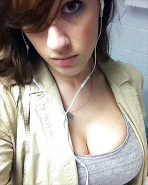 Lana Kendrick The Best Phone Selfies