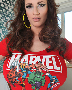 Lana Kendrick Busty Comic Book Nerd