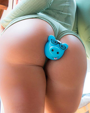 Layla Price Has a Piggy Butt Plug