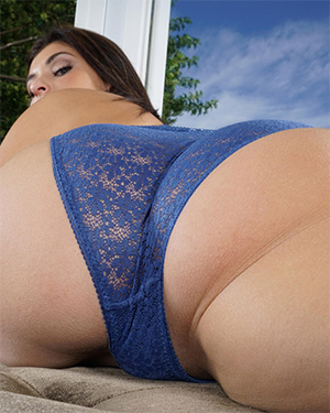 Leah Gotti In The Crack