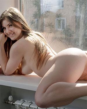 Lili K Sitting Naked