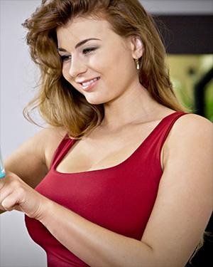 Lucy Li Loves Watching Herself Masturbate