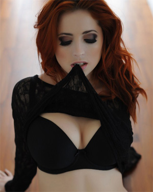 Lucy Vixen Sweet and Sexy