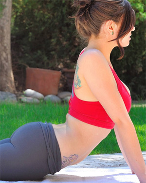 Lyanna Sexy Yoga Outside