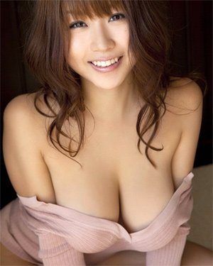 Mai Nishida Cute Busty Asian Model