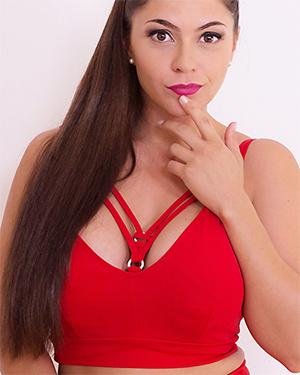 Marta La Croft Spanish VR Porn