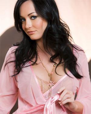 Melissa Lauren Voluptuous Starlet