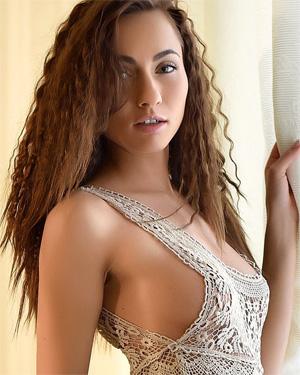 Michaela Isizzu Morning Beauty
