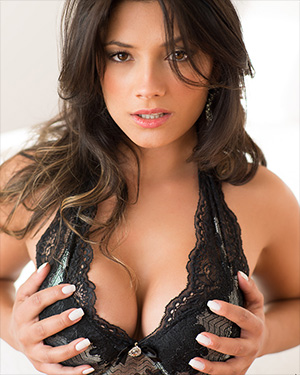 Micheli Sexy Latina In Black Lingerie