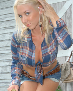 Molly Cavalli Plaid