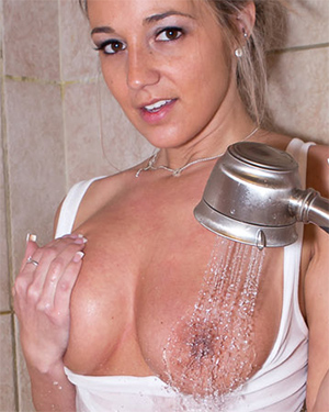 Nikki Sims Shower Time
