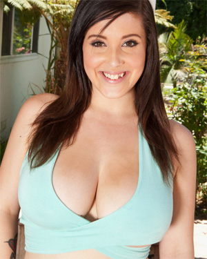 Noelle Easton Busty Coed