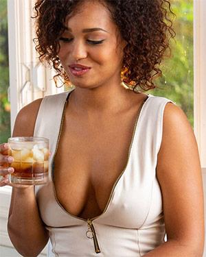 Noelle Monique Digital Desire