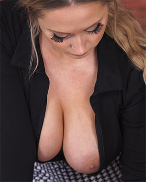 Rachael C Downblouse Boss