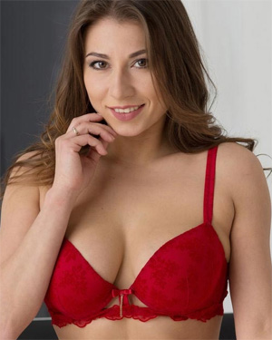 Curvy Girl In Red